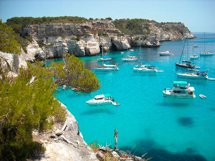 www.fishingtripmenorca.co.uk boat trips to Cala Blanca Menorca